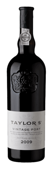 A vintage Port wine which manages to combine the massive structure and powerful fruitiness of the 2009 harvest with elegance, poise and...