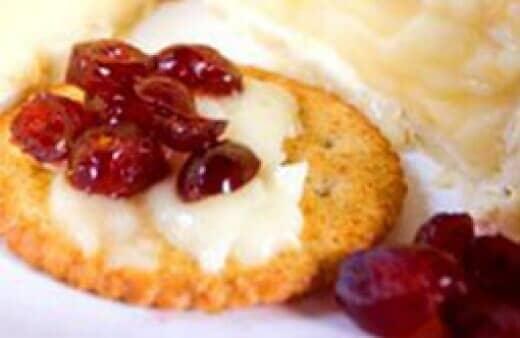 ¡Esta fácil receta de salsa de arándanos con vino de Oporto deleitará a sus amigos y familiares!