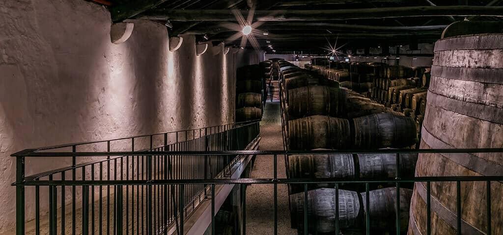 Port wine ageing in wood casks