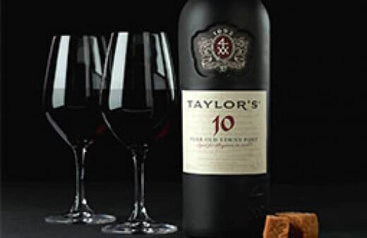 Mellow and elegant, combining delicate wood notes with rich aromas of mature fruit, it is bottled for immediate drinking.
