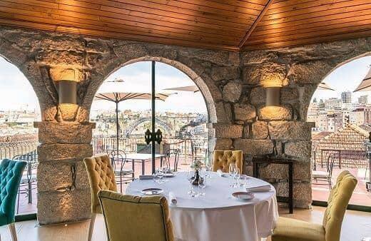 Disfrute al máximo su viaje a las bodegas de Taylor's acompañando su visita con un magnífico almuerzo o cena en nuestro restaurante Barão...