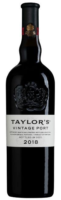 El vino de Oporto Vintage de Taylor's es uno de los grandes vinos emblemáticos del mundo. Producido solo en los mejores años...