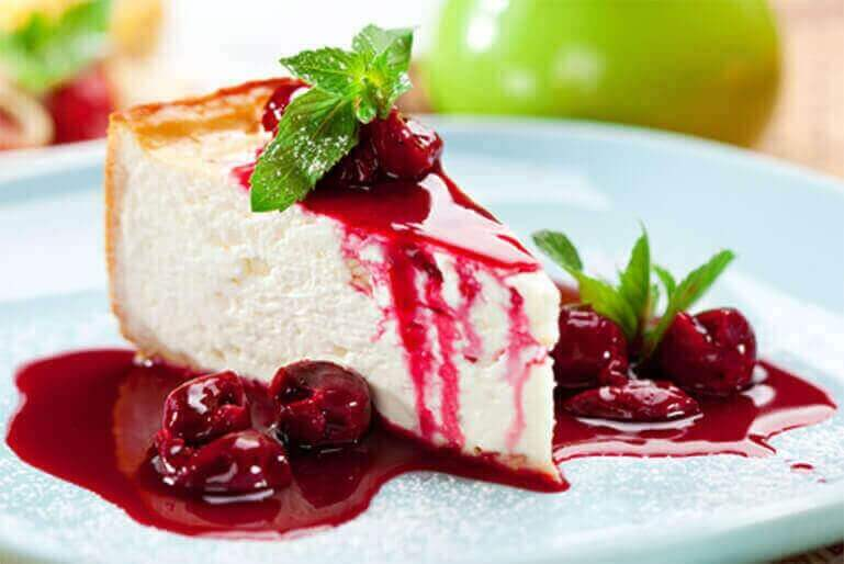 The real baked American Cheesecake (not the fake frozen version!) with a tangy fruits of the forest and Port topping - absolutely delicious! Serve with a glass of Vintage or Late Bottled Vintage...