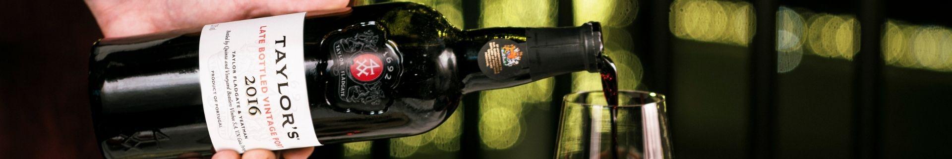 El Late Bottled Vintage, o LBV, es el estilo de vino de Oporto de calidad más popular tanto en Inglaterra como en Canadá - representa...