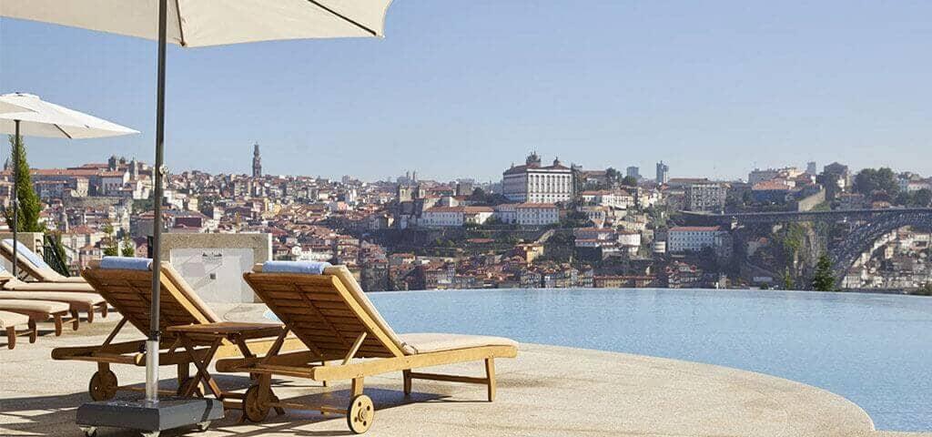 L'hôtel The Yeatman, avec sa vue imprenable sur la Rivière Douro et la ville historique de Porto, son confort raffiné...