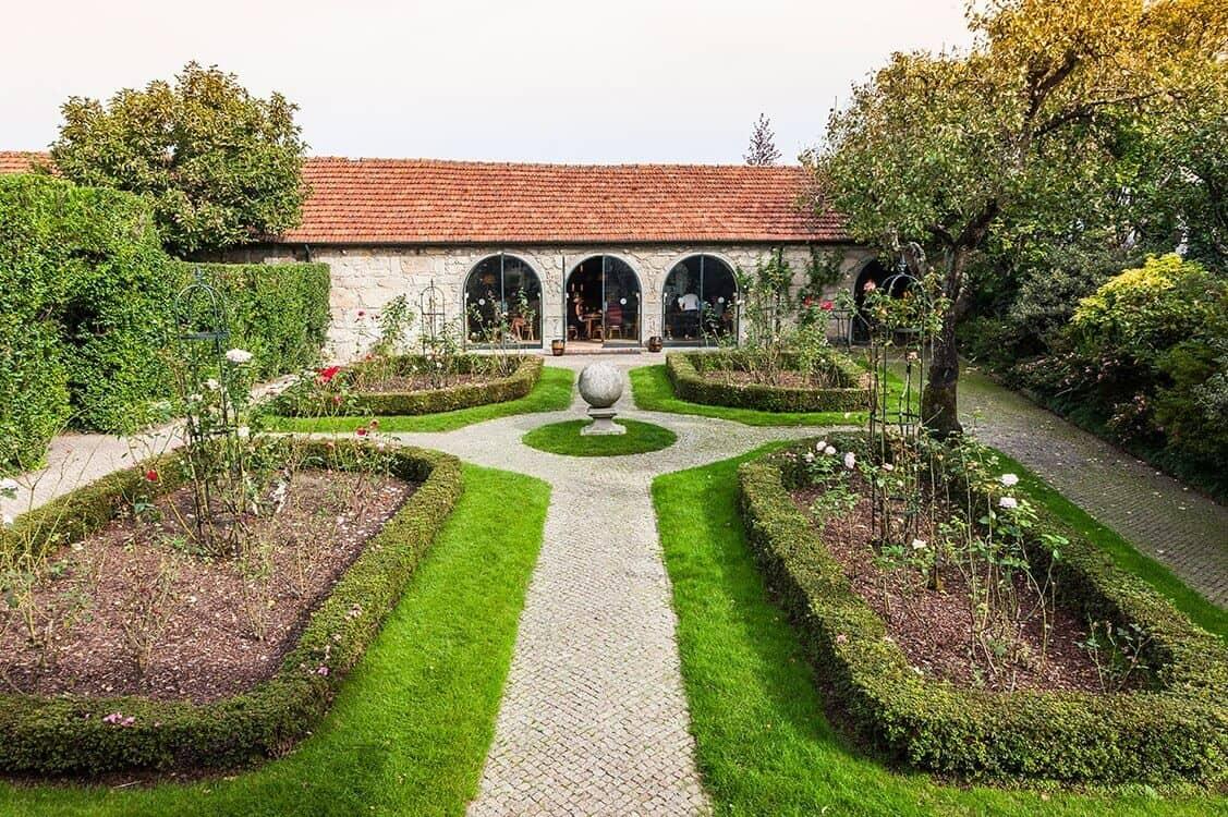 Port Wine cellars: gardens at visitors' center
