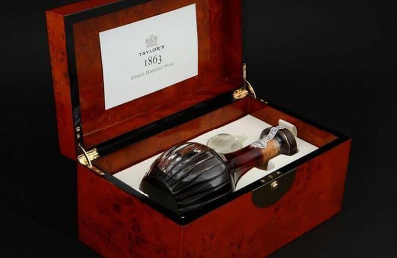 Taylor's decidió lanzar el vino de Oporto Single Harvest 1863, a partir da su colección enciclopédica, para satisfacer la fuerte demanda de vinos de Oporto envejecidos en madera.